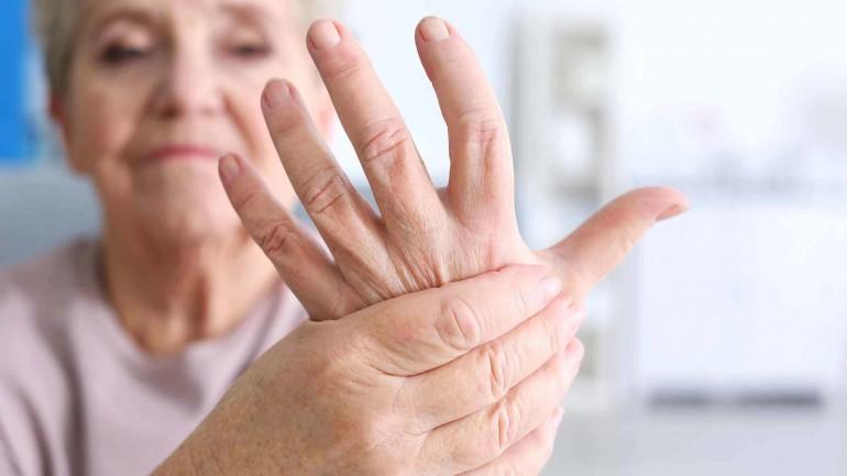 eli tutulan kadın