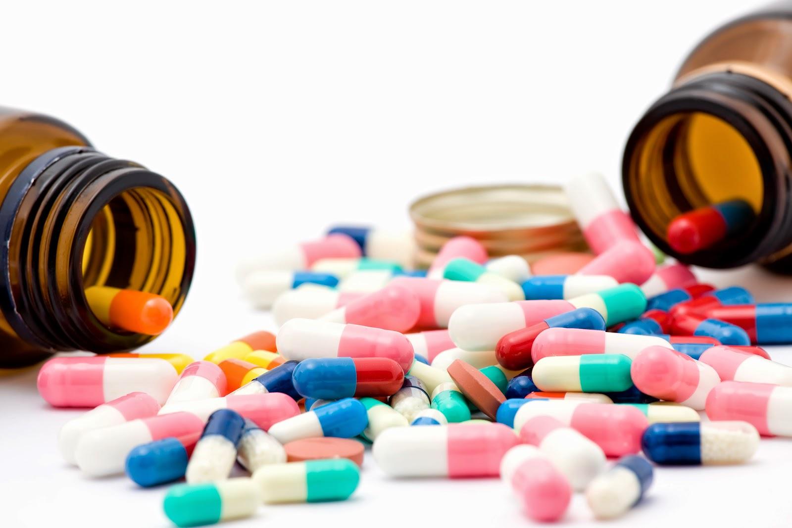 ilaçlar ve kutuları