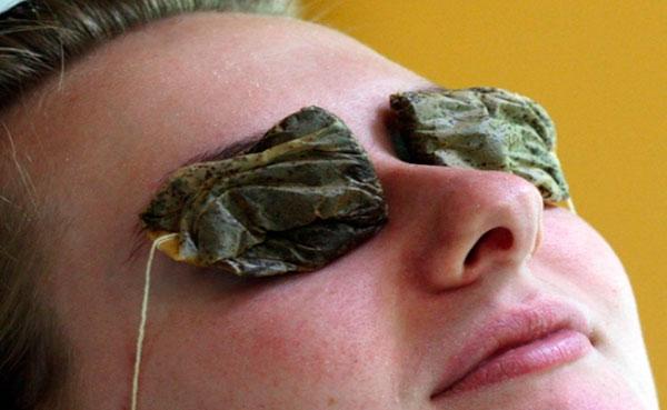 çay tedavisi yapan kadın