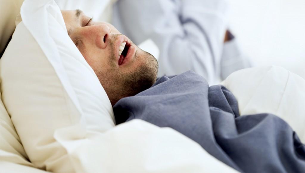uyku apnesi olan adam