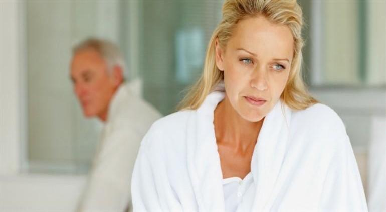 Östrojen eksikliğinin nedenleri ve semptomları